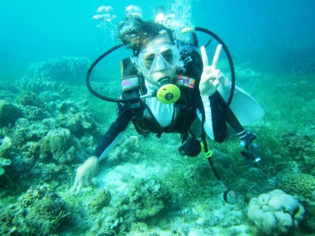 Peace underwater!
